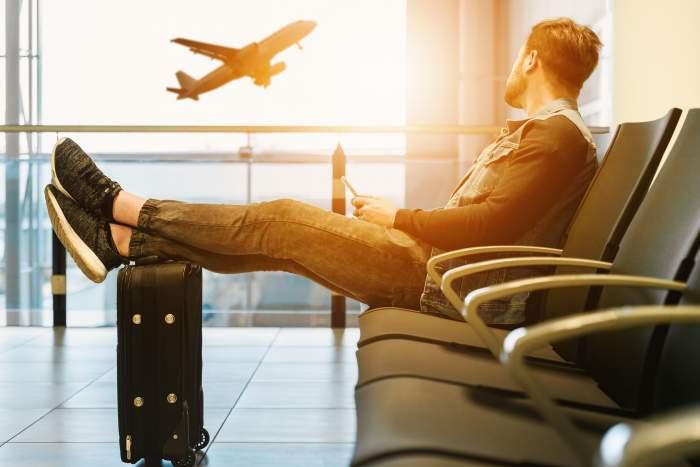 海外営業への転職でおすすめの業界とは?【1. 転職し易さ、2. 将来性の2つの観点で】